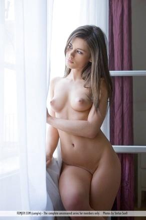 Скромные девушки голые фото 93857 фотография