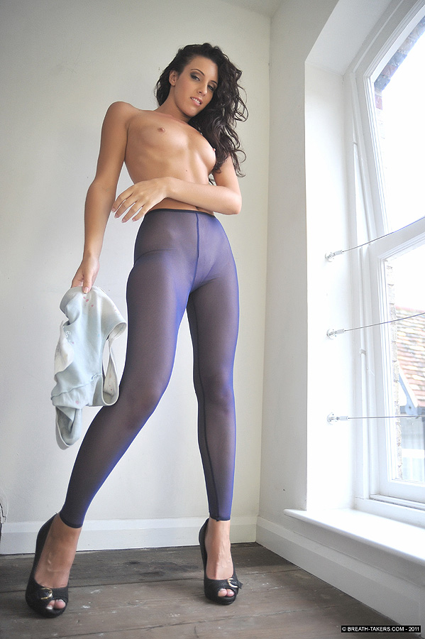 toppless girls in tights