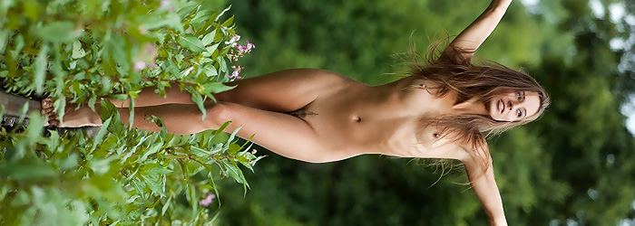 Dominika from Femjoy
