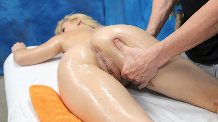 courtney on fucked hard 18