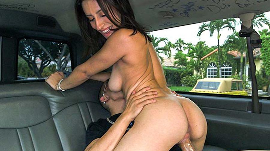 Amateur women topless nude
