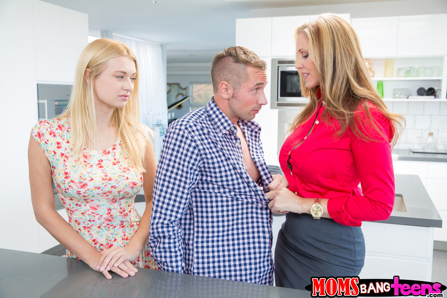 Teen milf threesome