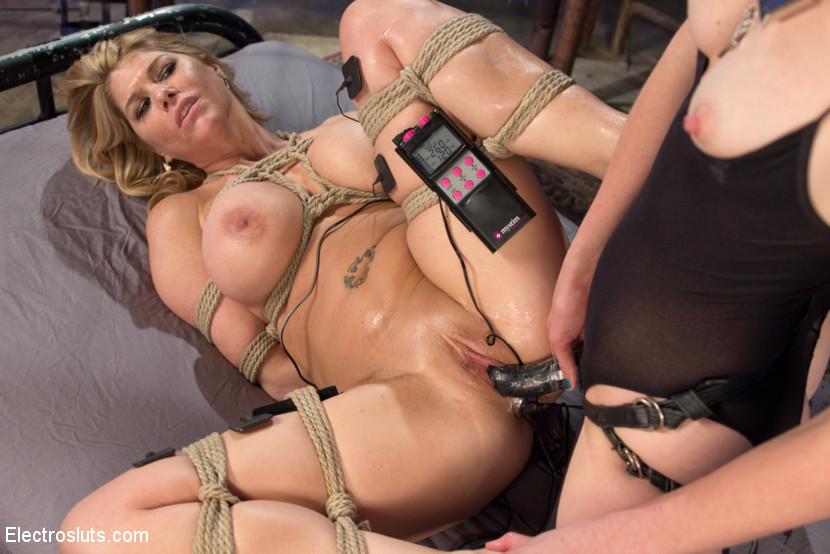 Elizibeth montgomery bondage