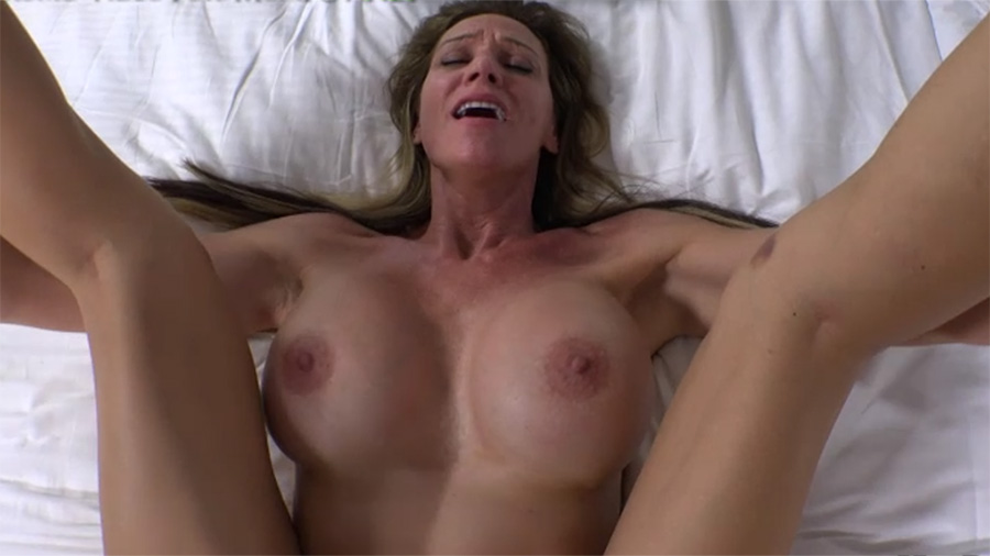 3 horny bisexual milfs take turns fucking fat mature cock 6