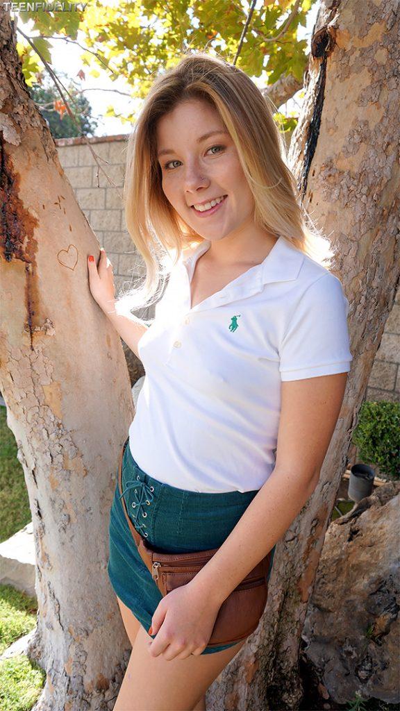 Teen daughter creampie